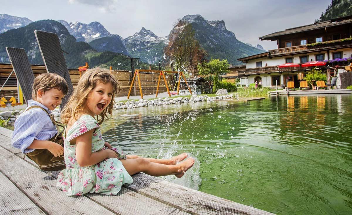 Familienurlaub in sterreich im familienhotel kinderhotel for Designhotel mit kindern